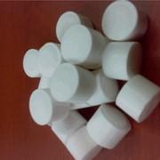 Соль таблетированная (соль таблетка) для систем очистки и умягчения воды, в полипропиленовых мешках по 25 и 50кг с полиэтиленовой вставкой. Доставка в любую точку Киева и пригорода,другие города и области Украины. фото