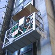 Строительные лифты и подвесные платформы. фото