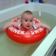Надувной круг для малыша фото