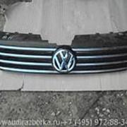 Решетка радиатора Volkswagen Passat B7 фото