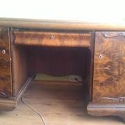 Старинный письменный стол фото