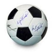 Мяч с автографами чемпионского состава Заря Луганск 1972 год фото