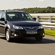 Автомобиль Subaru Impreza XV фото