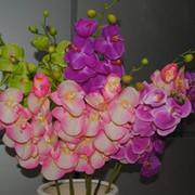 Уникальные цветочные композиции из искусственных цветов фото