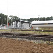 Слив сжиженного углеводородного газа (СУГ) (железнодорожные вагоны-цистерны, автомобильные цистерны, посты перелива, резервуарный парк) фото