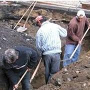 Земляные работы (копание колодцев, траншей, котлованов) фото