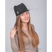 Шляпка с ушками и брошкой Шанель фото