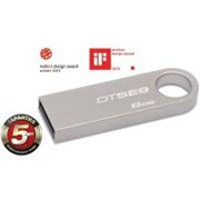USB флеш накопитель Kingston 8Gb DataTraveler SE9 (DTSE9H/8GB) фото