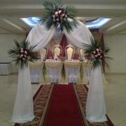 Свадебная Арка из живых цветов фото