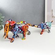 """Сувенир полистоун """"Слон и слонёнок"""" граффити набор 2 шт 12х8,5х26 см 8,8х5,5х17 см фото"""