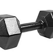 Гантель гексагональная литая черная эмаль 12 кг фото