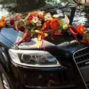 Оформление цветами, изготовление букета невесты, бутоньерок, украшение свадебных машин, выездной церемонии, обряда венчания, спальни молодоженов фото