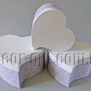 Набор бело-сиреневых коробок-сердец из 3 шт 570457 фото