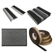 Брудопоглинаючі килими та системи фото