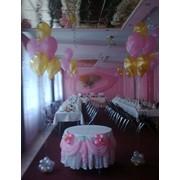 Флористический коллаж, декор банкета цветами, тканями, шарами фото