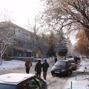 Недвижимость коммерческая - фасадное нежилое помещение, расположенное в центре города. фото