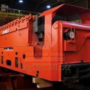 Инновационный шахтный электровоз фото