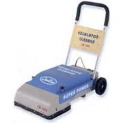 Машины для чистки эскалаторов фото
