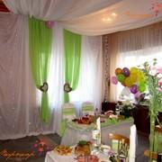 Оформление банкетного зала на свадьбу. фото