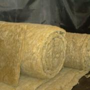 Изоляция для труб из вспененного полиэтилена фото