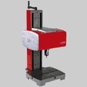Стационарное оборудование для маркировки e8-c151c маркирует все типы материалов, от пластмассы до стали твёрдостью до 62 H R фото