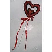 Сердце с лентой на палочке красное 8x25см фото