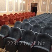 Изготовление и замена чехлов для театральных и спортивных кресел. фото