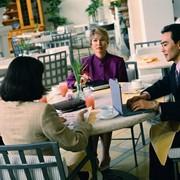 Организация и проведение деловых завтраков. фото