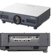 Проектор Panasonic PT 5700E фотография