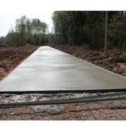 Устройство бетонной основы дороги фото