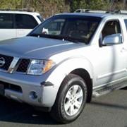 Внедорожник Nissan Pathfinder фото