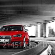 Автомобиль Audi S3 фото