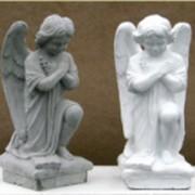 Скульптура из бетона Ангелочек фото