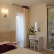 Аппартаменты гостиничные 3-х комнатные, кухня, гостиная, ванная, джакузи, терраса, панорамный вид на горы, отель, Крым, Новый Свет фото