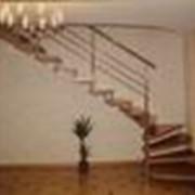Больцовая лестница с забежными ступенями фото