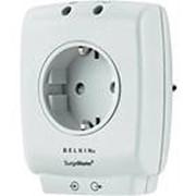 Сетевой фильтр Belkin Home MasterCube (F9H100VENCW) 1 розетка, компактный, 918Дж, 25кА, код 105746 фото