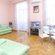 Двухкомнатная квартира для аренды посуточно в центре Киева фото