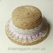 Шляпка канотье (с рюшами и ажурной лентой) фото