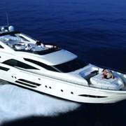 Яхты, катера и их аренда и чартер фото
