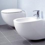 Небольшая керамическая ванна фото