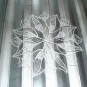 Лазерная гравировка стекла и пластика фото