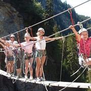 Подвесной мост фото