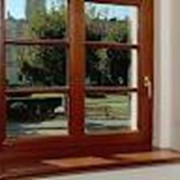 Окно деревянное большое фото
