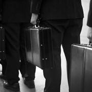 Услуги юристов, адвокатов по международному праву фото