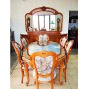 Стол 6 стульев комод с зеркалом Италия. фото