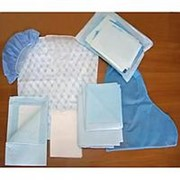 """Комплект акушерский """"КОБА""""-12 стерильный 8 предметов: (рубашка для роженицы, шапочка, бахилы высокие, простынь фото"""