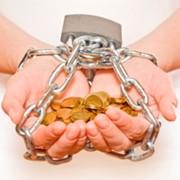 Как взять безопасный кредит и не попасть в кредитную яму фото