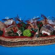 Корзина сухофруктов в подарок фото