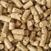 Полнорационные комбикорма, белково–витаминные концентраты, премиксы. фото