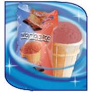 Мороженое 'Морозко' пломбир шоколадный в вафельном стаканчике фото